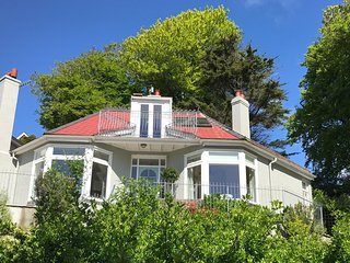 Shabby Chic Holiday House above South Sands Beach, Salcombe