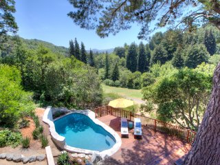 Beautiful 5 BR 5 BA home in Mill Valley's Sunniest Neighborhood