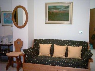 ALGHERO - zona centralissima della MERCEDE - APPARTAMENTO vacanze per n.2-4 pers
