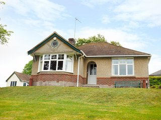 GOODREST, large garden, sleeps four, detached, Verwood, Ref 956297