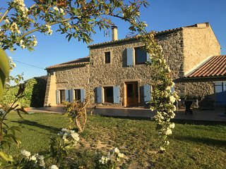 Le Reganil stunning farmhouse operating also as Cycle d'Oc cyclists' guesthouse
