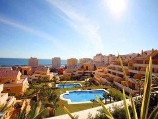 Apartamento con vistas al Mar y Puerto deportivo de Estepona