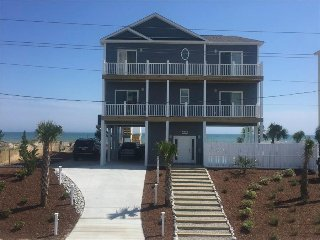 Shell Yeah, newer property handicap friendly, private pool, Elevator, Ramp to