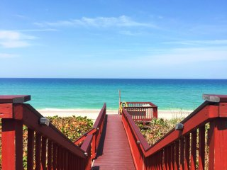 GOLDEN SANDS® RUBY - Stunning Views - Large Beachfront House - 80 ft. of Ocean