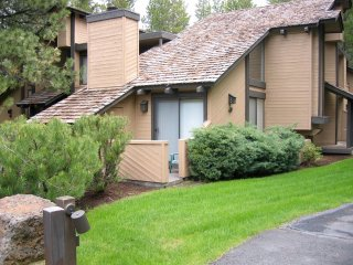 Tennis Village Condo - Walking Distance to Lodge and Village