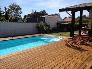 Les Cigales - Maison avec piscine