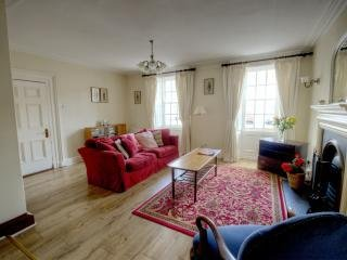 Glenarm Village - Acacia House - 5 bedroom Holiday Townhouse