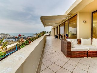 Spacious oceanfront condo with amazing views and shared pool