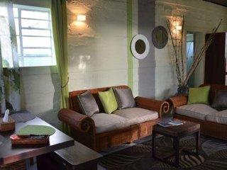 Belle maison creole entierement independante situee  a Beau-Vallon Mahebourg