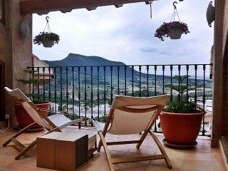 Habitacion con terraza privada y vistas a la sierra