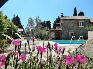 La Casa dei Farfui si trova a Kortivi -Istria.