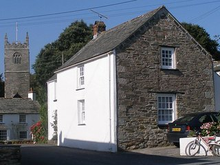 Quince Cottage, St Tudy, North Cornwall - within easy reach of fabulous beaches