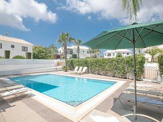 GreenWay Villa 4, 5 beds, sleep 12, Spacious Villa with Private pool