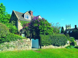 Bank Cottage (Longborough)