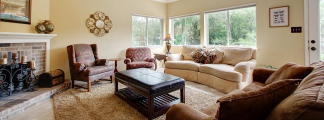 Spacious Living Room, Great For Gathering - Features LED TV With 200+ Cable, Queen Sleeper
