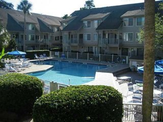 Welcome Beach Lovers! South Forest Beach | 2 Blocks To Beach | Near Coligny Park