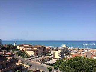 5 posti letto con terrazza vista mare