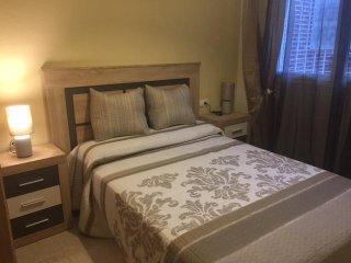 Apartamento de dos habitaciones a menos de 300 metros de la playa.