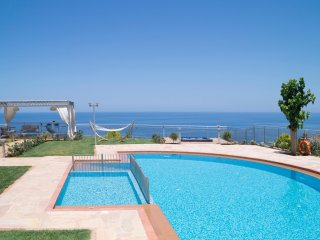 Villa Belle - High quality family villa with panoramic sea view!