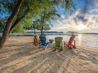 Lake Norman Breakaway Vacation Home - Upscale Resort - Completely Remodeled!