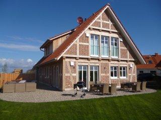 5*****Wellness-Landhaus Ostsee ganz neu - Sauna, Indoor+Outdoor Whirlpool, Kamin