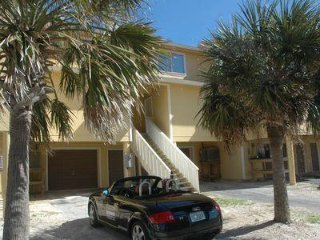 Pet Friendly-Steps from the Sugar White Sand Beaches of Pensacola Beach.