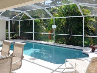 Most private backyard in Orlando! Minutes 2 Disney