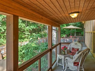 NEW! 1BR Tree House Cottage on Lookout Mountain!