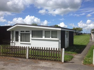 Dartmouth Detached Chalet with free parking.