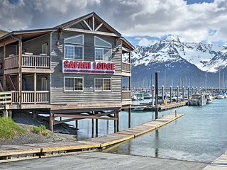 'Crows Nest' Waterfront Apt. w/ Seward Bay Views!