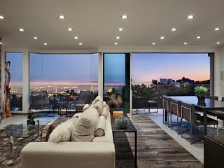 Gorgeously Designed West Hollywood Villa with Incredible Vista Views of the City
