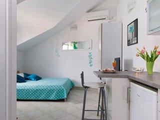 Studio apartment Della Croce 2
