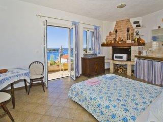 Studio apartment Port View 3