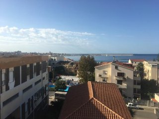 2 bedroom top floor penthouse, close to the beach