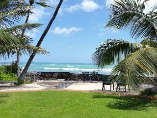 'Nani Moana Hale' Oceanfront Beautiful Backyard Sleeps6 Wifi GatedProperty