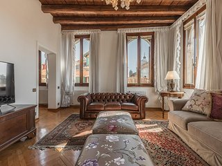 San Provolo luxury apartment by Saint Mark's