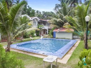 Stylish 1 BHK with a pool, close to Anjuna Beach