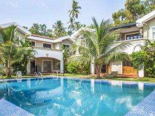Swanky 4-BR pool villa, 3.1 km from Baga Beach