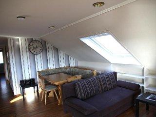 Appartement mit Balkon und Fernsicht