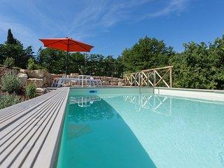 TODI. Villa Cottage, Pool. sun Terrace aircon. 4 person
