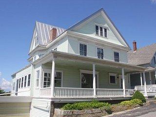 HARBOR VIEW HOUSE - Stonington