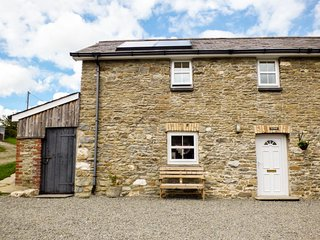 TY FFERM, semi-detached farm building conversion, WiFi, enclosed courtyard, near