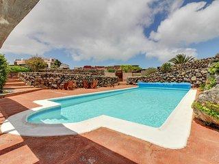 Acogedora casa vistas volcan c/ piscina!Ref.177926