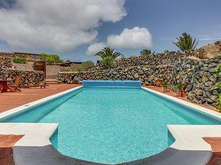 Hermosa casa c/ vista volcán y piscina! Ref.177636