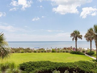 Remodeled To The 9's!! Direct Oceanfront Unit 624!! Steps To The Beach!!!