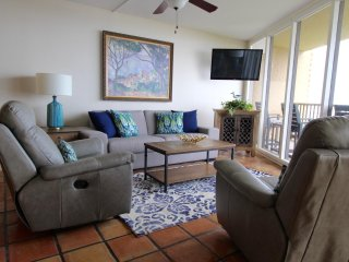 Beautiful Beach Front Ocean View Condo