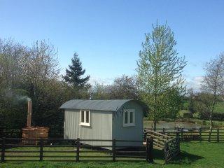Holmebeck Hut