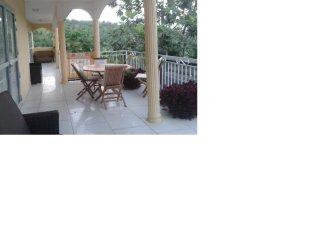 Loue maison meublé Anjouan