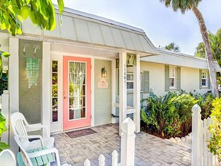 Historic Captiva Island Pet Friendly Cottage w/Pool - Coral Cottage