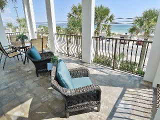 3 story Gulf front home Cancellation 7-22-31 Great deal Heated pool